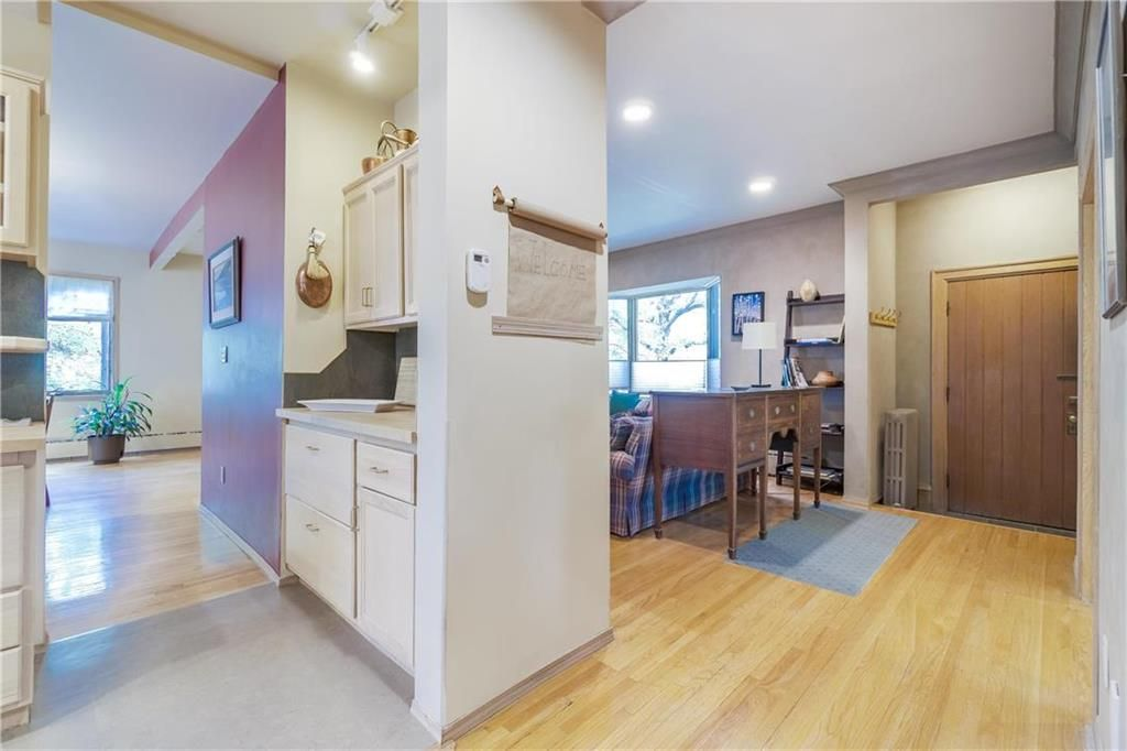 Photo 38: Photos: 906 North Drive in Winnipeg: East Fort Garry Residential for sale (1J)  : MLS®# 202116251