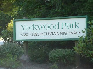"""Photo 5: 2391 MOUNTAIN Highway in North Vancouver: Lynn Valley Townhouse for sale in """"YORKWOOD PARK"""" : MLS®# V905614"""