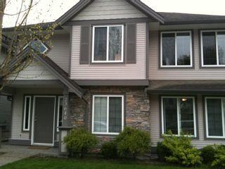 Photo 3: 23640 KANAKA Way in MAPLE RIDGE: Home for sale