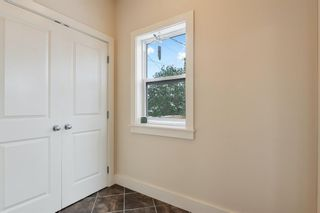Photo 16: 2214 Broadview Road NW in Calgary: West Hillhurst Semi Detached for sale : MLS®# A1042467