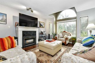 Photo 3: 8928 HAMMOND Street in Mission: Mission BC House for sale : MLS®# R2580422