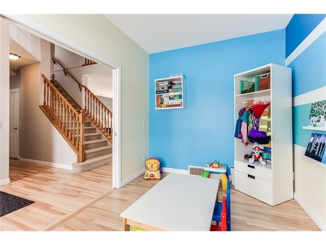 Photo 15: Photos: 46 PRESTWICK Parade SE in Calgary: McKenzie Towne House for sale : MLS®# C4103009
