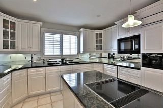 Photo 3: 956 Halsham Court in Mississauga: Clarkson House (2-Storey) for sale : MLS®# W2826365