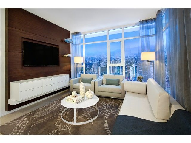 Photo 7: Photos: 3010 6098 station Street in Burnaby: Condo for sale