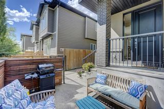 Photo 3: 1 310 12 Avenue NE in Calgary: Crescent Heights Row/Townhouse for sale : MLS®# A1112547