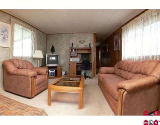 """Photo 1: 89 9950 WILSON Street in Mission: Stave Falls Manufactured Home for sale in """"Ruskin Place"""" : MLS®# F2905229"""