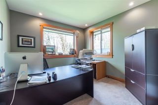Photo 33: 43207 SALMONBERRY Drive in Chilliwack: Chilliwack Mountain House for sale : MLS®# R2529009