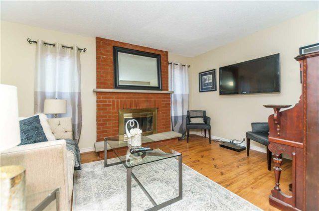 Photo 3: Photos: 3 Shenstone Avenue in Brampton: Heart Lake West House (2-Storey) for sale : MLS®# W4032870