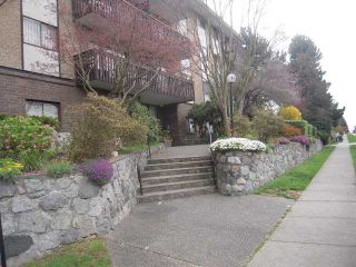 """Photo 5: 312 120 E 4TH Street in North Vancouver: Lower Lonsdale Condo for sale in """"Excelsior House"""" : MLS®# V817610"""