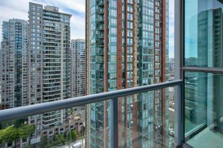 """Photo 8: 1803 928 RICHARDS Street in Vancouver: Yaletown Condo for sale in """"The Savoy"""" (Vancouver West)  : MLS®# R2591014"""