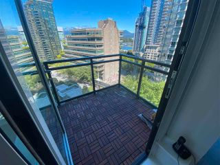 """Photo 13: 905 1211 MELVILLE Street in Vancouver: Coal Harbour Condo for sale in """"THE RITZ"""" (Vancouver West)  : MLS®# R2587389"""