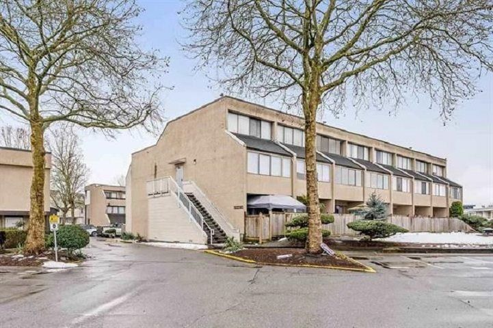 "Main Photo: 16 17700 60 AVENUE Avenue in Surrey: Cloverdale BC Condo for sale in ""CLOVER PARK GARDENS"" (Cloverdale)  : MLS®# R2546795"