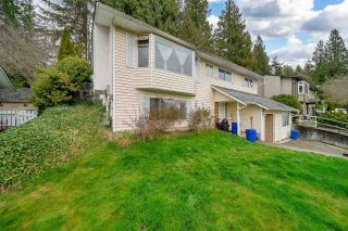 Photo 3: 8053 CARIBOU Street: House for sale in Mission: MLS®# R2561306