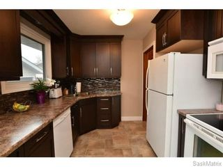 Photo 11: 67 MERLIN Crescent in Regina: Coronation Park Single Family Dwelling for sale (Regina Area 03)  : MLS®# 566828