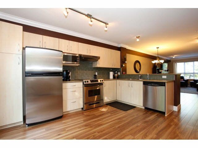 """Photo 13: Photos: 23 6747 203RD Street in Langley: Willoughby Heights Townhouse for sale in """"SAGEBROOK"""" : MLS®# F1421612"""