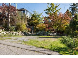 Photo 19: 952 PARKER Street: White Rock House for sale (South Surrey White Rock)  : MLS®# R2114907
