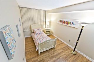 Photo 9: 611 175 Cedar Avenue in Richmond Hill: Harding Condo for sale : MLS®# N4004192