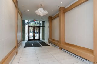 """Photo 3: 903 668 COLUMBIA Street in New Westminster: Quay Condo for sale in """"Trapp & Holbrook"""" : MLS®# R2292147"""