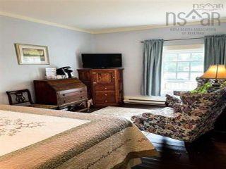 Photo 21: 36 Dock Street in Shelburne: 407-Shelburne County Residential for sale (South Shore)  : MLS®# 202123158