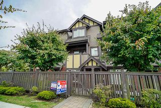 Photo 2: 102 7227 ROYAL OAK AVENUE in Burnaby: Metrotown Townhouse for sale (Burnaby South)  : MLS®# R2302097