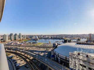 Photo 2: 2305 689 ABBOTT Street in Vancouver: Downtown VW Condo for sale (Vancouver West)  : MLS®# R2014784