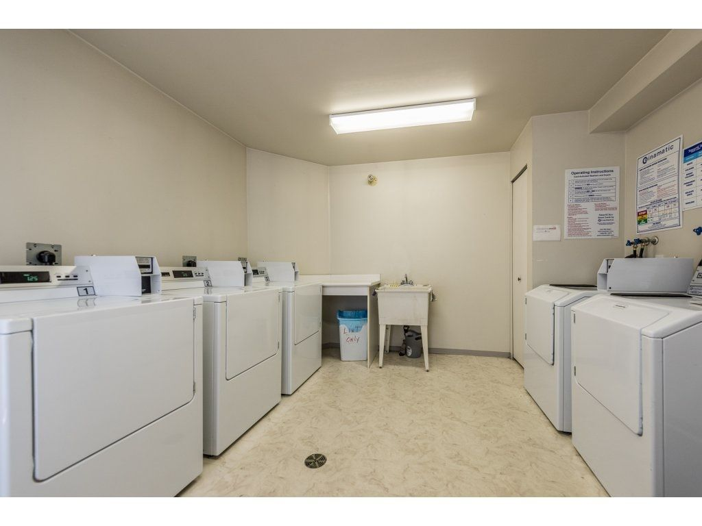 Photo 18: Photos: 1 2120 CENTRAL AVENUE in Port Coquitlam: Central Pt Coquitlam Condo for sale : MLS®# R2180338