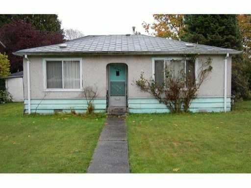 Main Photo: 6790 Sperling Ave: House for sale : MLS®# V855876