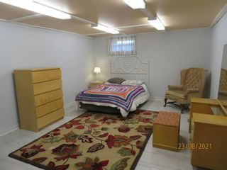 Photo 18: 357 Woodvale Crescent SW in Calgary: Woodlands Semi Detached for sale : MLS®# A1135631