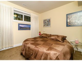 Photo 14: 15277 COLUMBIA Avenue: White Rock House for sale (South Surrey White Rock)  : MLS®# F1322923