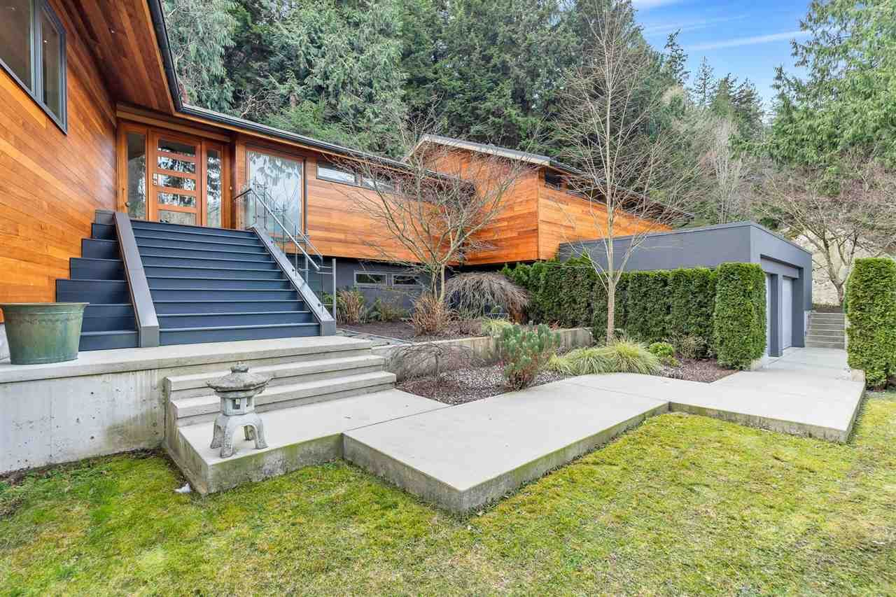 Main Photo: 4850 WATER Lane in West Vancouver: Olde Caulfeild House for sale : MLS®# R2539570