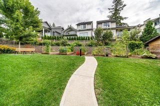 """Photo 20: 1 15717 MOUNTAIN VIEW Drive in Surrey: Grandview Surrey Townhouse for sale in """"Olivia"""" (South Surrey White Rock)  : MLS®# R2610838"""