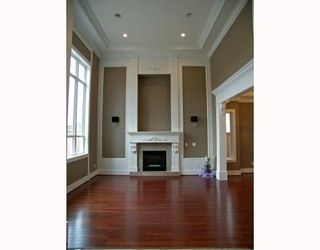 Photo 3: 8151 CLAYBROOK Road in Richmond: Boyd Park House for sale : MLS®# V774082