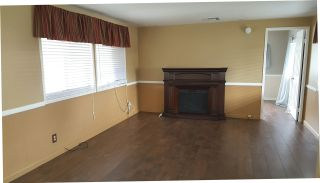 Photo 3: OCEANSIDE Manufactured Home for sale : 2 bedrooms : 211 Kristy Lane #211