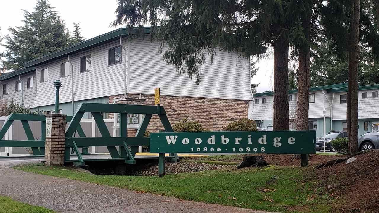 "Main Photo: 29 10868 152 Street in Surrey: Bolivar Heights Townhouse for sale in ""woodbridge"" (North Surrey)  : MLS®# R2421697"