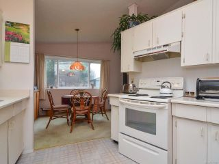 Photo 6: 2107 STADACONA DRIVE in COMOX: CV Comox (Town of) House for sale (Comox Valley)  : MLS®# 778138