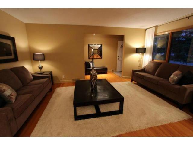 Photo 3: Photos: 659 Brock Street in WINNIPEG: River Heights / Tuxedo / Linden Woods Residential for sale (South Winnipeg)  : MLS®# 1310354