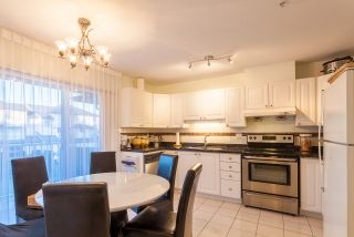 """Photo 3: 18 2458 PITT RIVER Road in Port Coquitlam: Mary Hill Townhouse for sale in """"SHAUGNESSY MEWS"""" : MLS®# R2232371"""