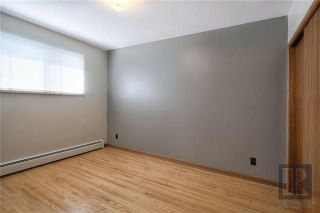 Photo 6: 566 Cathedral Avenue in Winnipeg: Residential for sale (4C)  : MLS®# 1824463