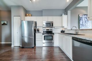 """Photo 5: 401 5475 201 Street in Langley: Langley City Condo for sale in """"Heritage Park / Linwood Park"""" : MLS®# R2478600"""