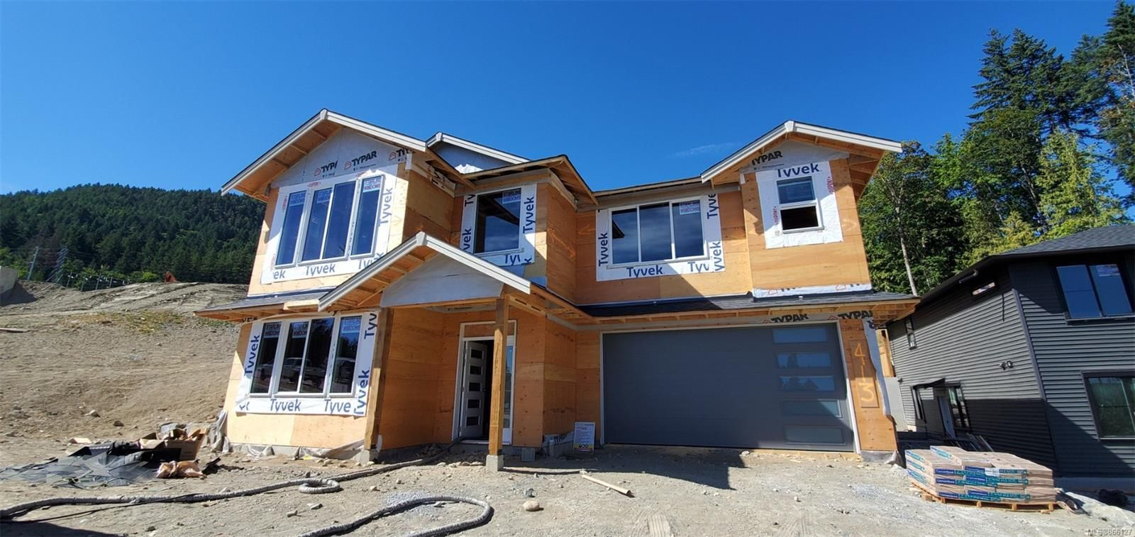 Main Photo: 413 Colonia Dr in : Du Ladysmith House for sale (Duncan)  : MLS®# 866127