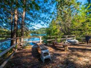 """Photo 30: 13702 CAMP BURLEY Road in Garden Bay: Pender Harbour Egmont House for sale in """"Mixal Lake"""" (Sunshine Coast)  : MLS®# R2485235"""