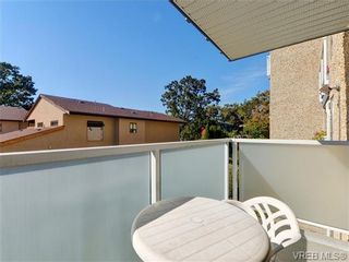 Photo 16: 216 1366 Hillside Ave in VICTORIA: Vi Oaklands Condo for sale (Victoria)  : MLS®# 740930