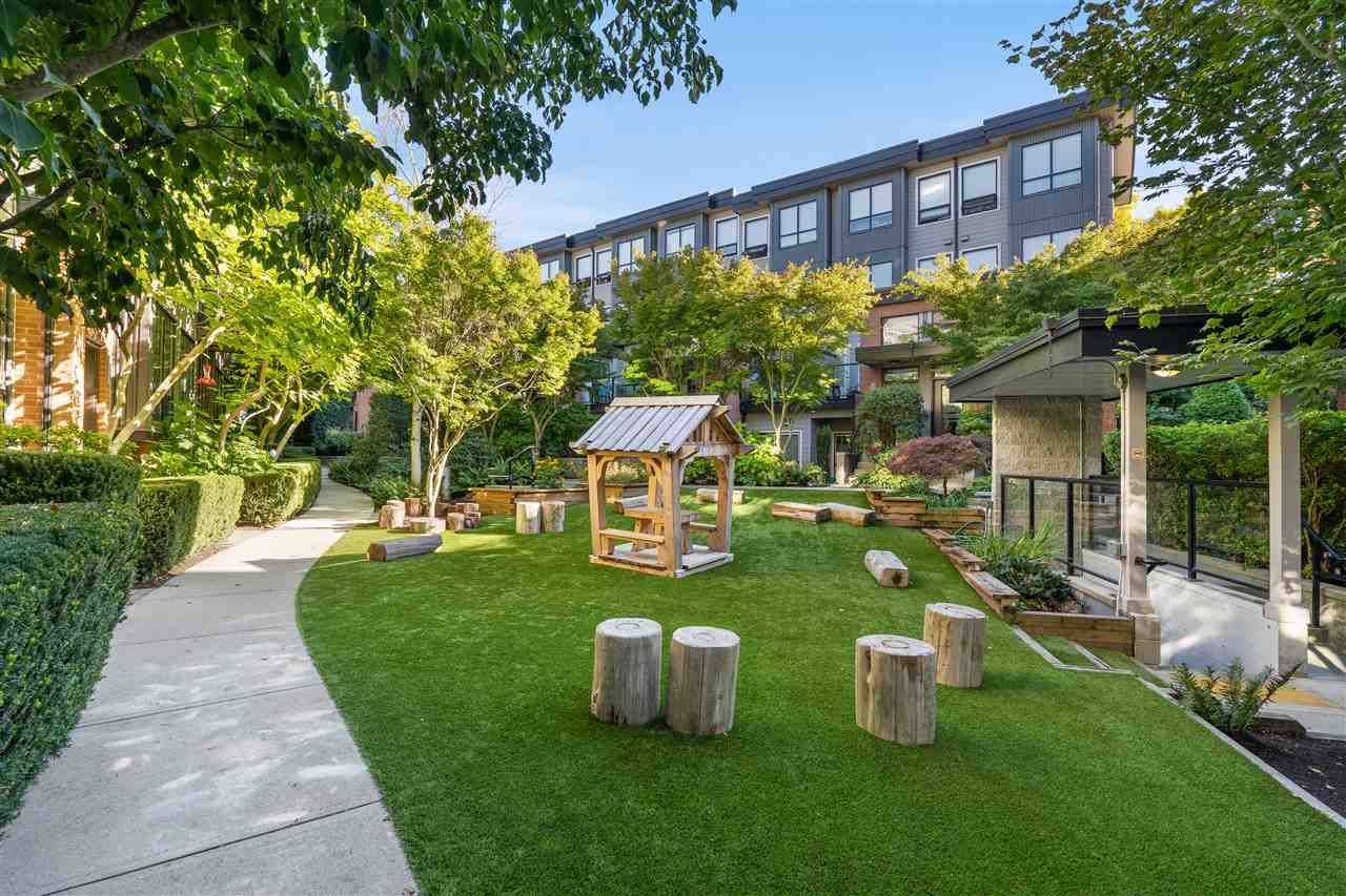 """Photo 27: Photos: 104 1855 STAINSBURY Avenue in Vancouver: Victoria VE Townhouse for sale in """"The Works"""" (Vancouver East)  : MLS®# R2494978"""