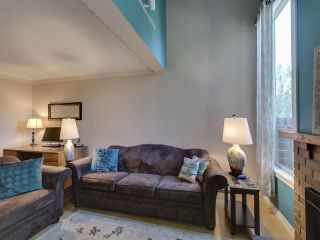 "Photo 10: 44 6871 FRANCIS Road in Richmond: Woodwards Townhouse for sale in ""Timberwood Village"" : MLS®# R2495957"