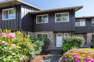 """Photo 3: 802 555 W 28TH Street in North Vancouver: Upper Lonsdale Townhouse for sale in """"CEDARBROOKE VILLAGE"""" : MLS®# R2579091"""