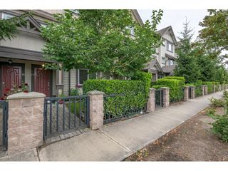 """Photo 2: 17 10999 STEVESTON Highway in Richmond: McNair Townhouse for sale in """"Ironwood Gate"""" : MLS®# R2599952"""