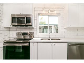 """Photo 18: 251 1840 160 Street in Surrey: King George Corridor Manufactured Home for sale in """"BREAKAWAY BAYS"""" (South Surrey White Rock)  : MLS®# R2574472"""