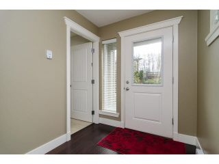 """Photo 3: 1 15405 31ST Avenue in Surrey: Grandview Surrey Townhouse for sale in """"NUVO 2"""" (South Surrey White Rock)  : MLS®# F1430709"""