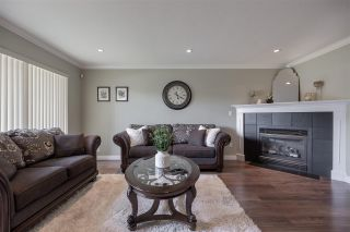 """Photo 5: 27153 33A Avenue in Langley: Aldergrove Langley House for sale in """"Parkside"""" : MLS®# R2591758"""