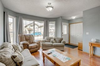 Photo 6: 100 TARINGTON Way NE in Calgary: Taradale Detached for sale : MLS®# C4243849